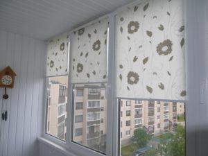 Установка рулонных штор на пластиковые окна в Чебоксарах